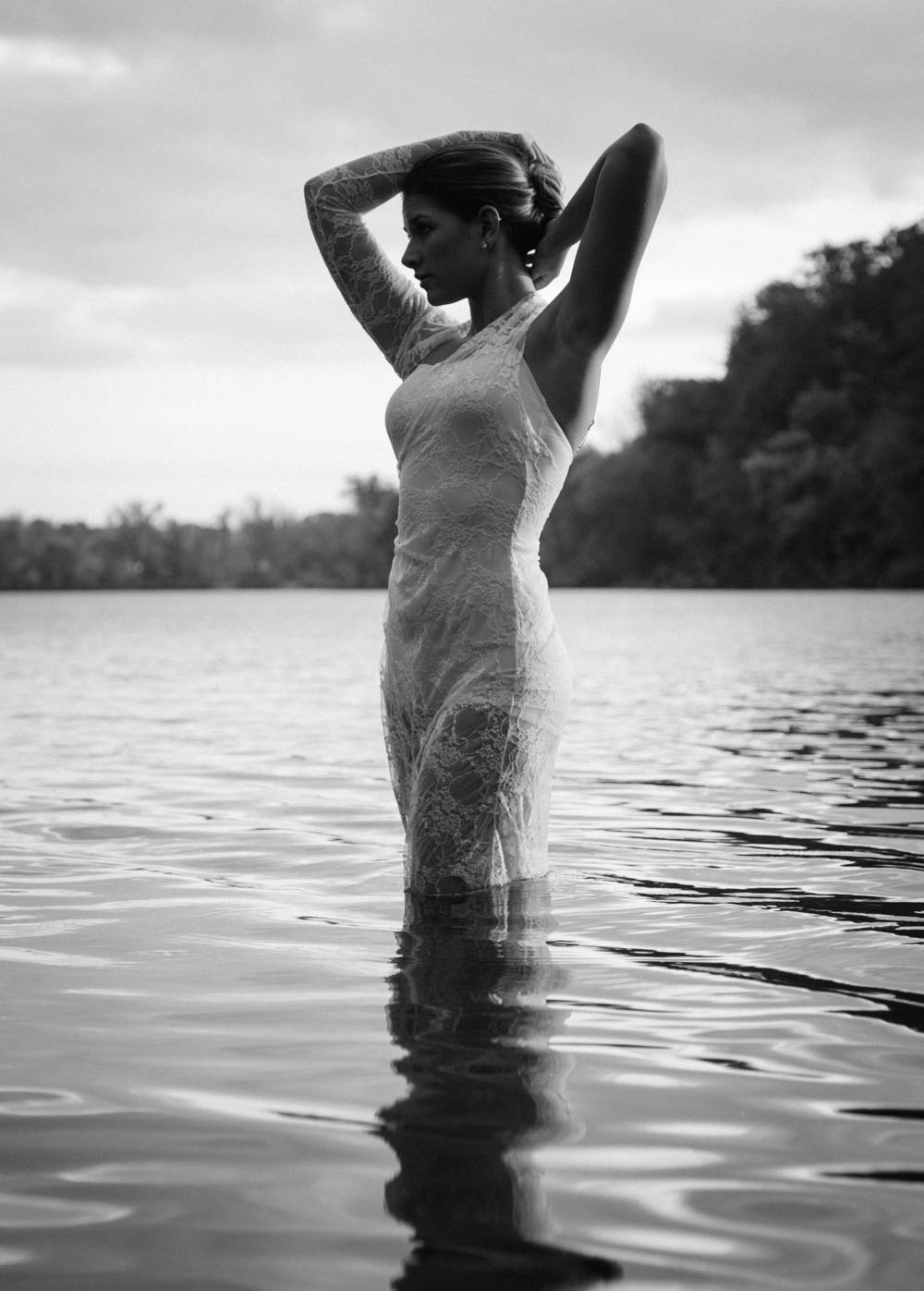 grace-ballerina-lake-black-and-white-0504travis-dewitz